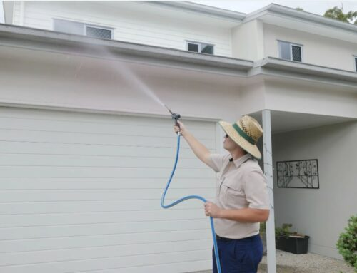 Professional gutter cleaners get the best results
